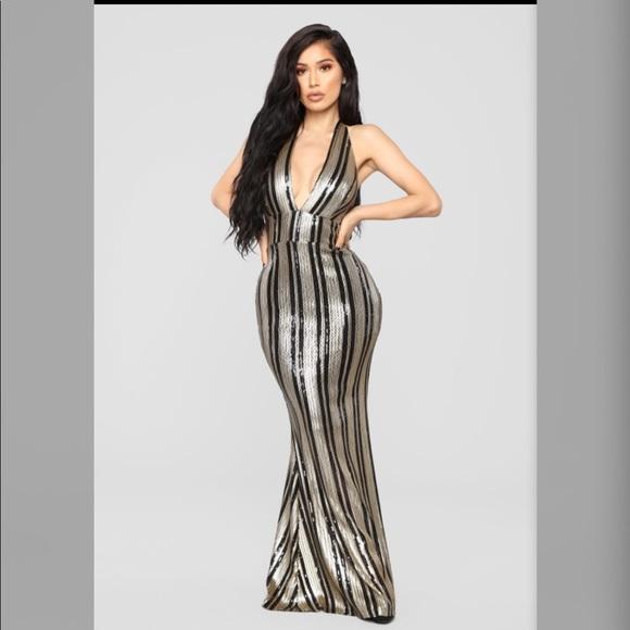 9242321527665 1920's theme Fashion nova black and gold gown
